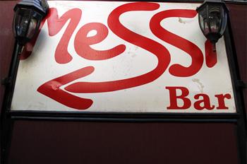 Messi- Bar