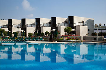 מלון ישרוטל ריביירה קלאב
