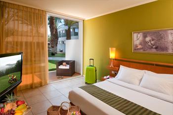מלון לאונרדו קלאב