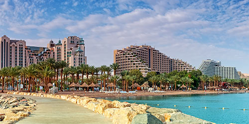 בתי מלון ליד הים